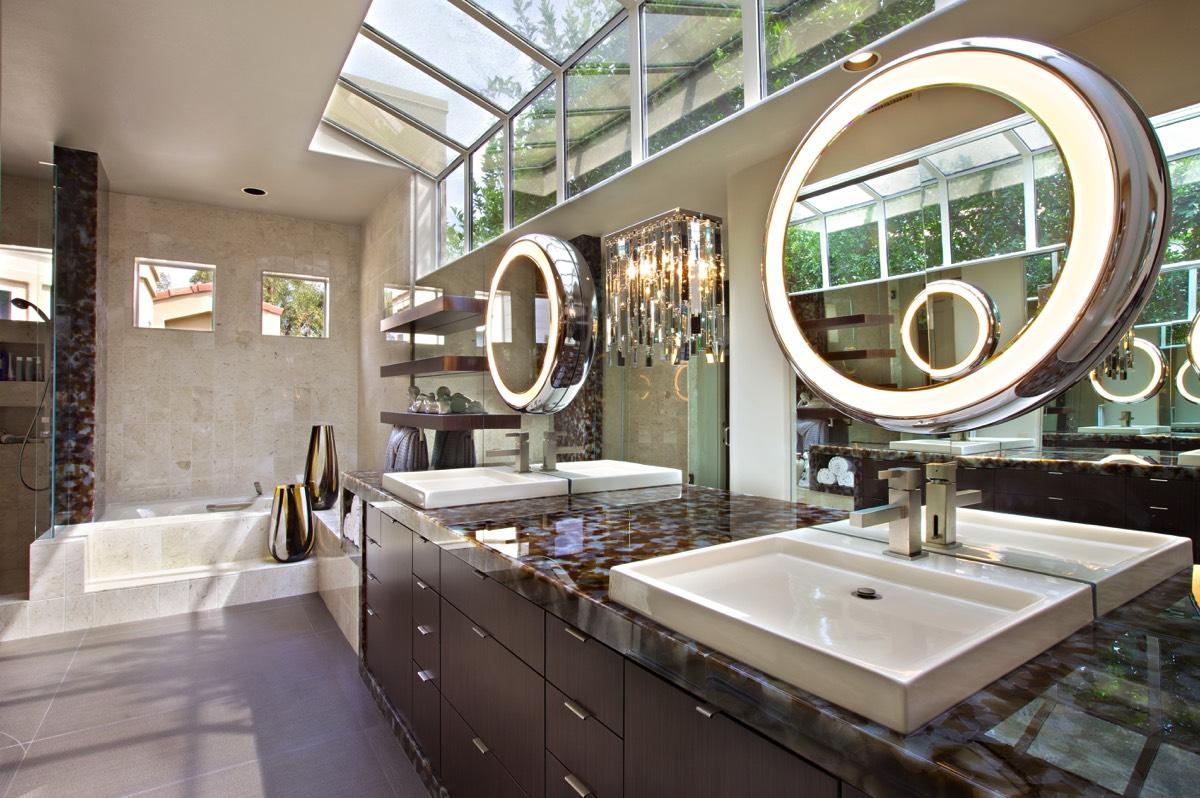 Interior Decorator Vs Home Stager